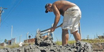 Cimento: produto escasso em Caxias do Sul