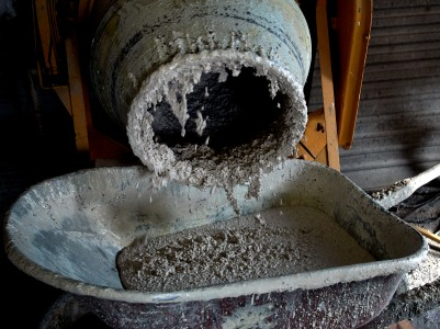 O consumo de cimento cai 26,9% em Portugal e recua 39 anos em 2012.