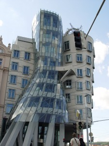 prague_-_dancing_house