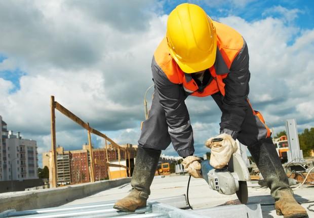 Confiança de empresários da construção vai de 26% para 60%